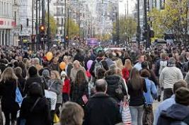 crowd-in-street
